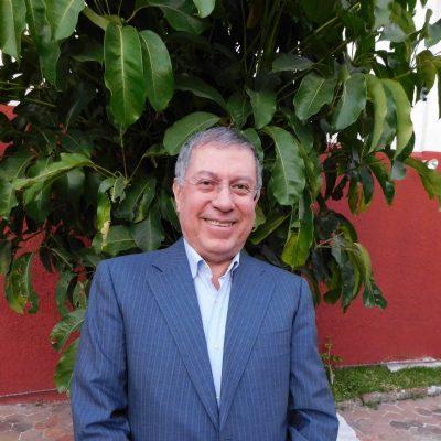 Pbro. y Lic. Armando González Escoto
