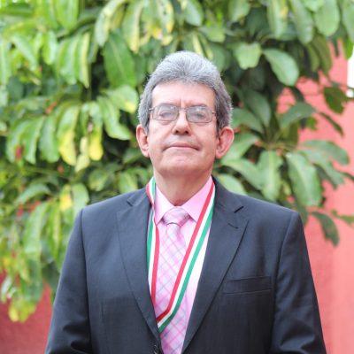 Dr. Celso Cerda González